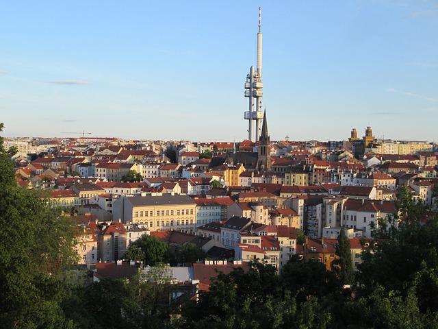 מגדל הטלויזיה בשכונת זיזקוב בפראג 3