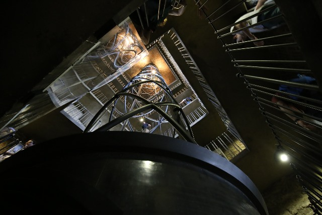 לחזור במנהרת הזמן למאה ה-15- השעון האסטרונומי בפראג מבפנים