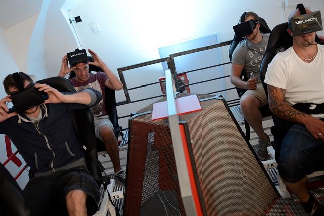 לראות את פראג במציאות מדומה זה לא אותו הדבר כמו המציאות