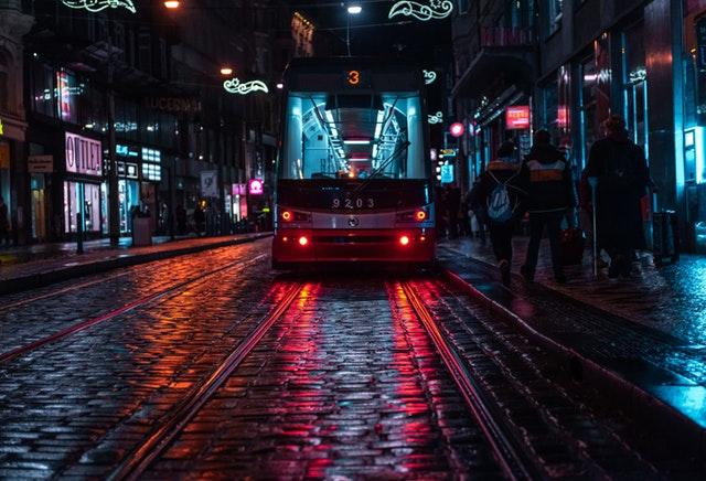 העיר העתיקה פראג בחושך