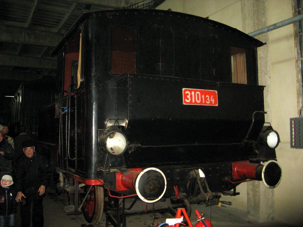 רכבת הקיטור בקומת הקרקע של המוזיאון