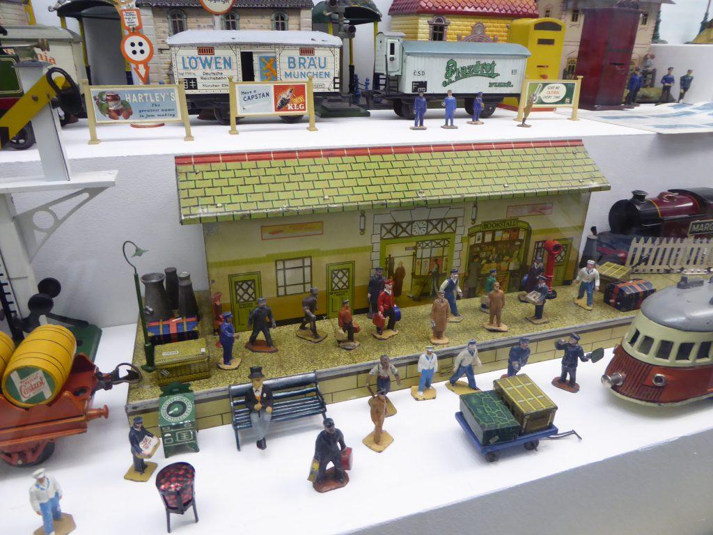 חלק מתצוגת הרכבות במוזיאון הצעצועים בפראג