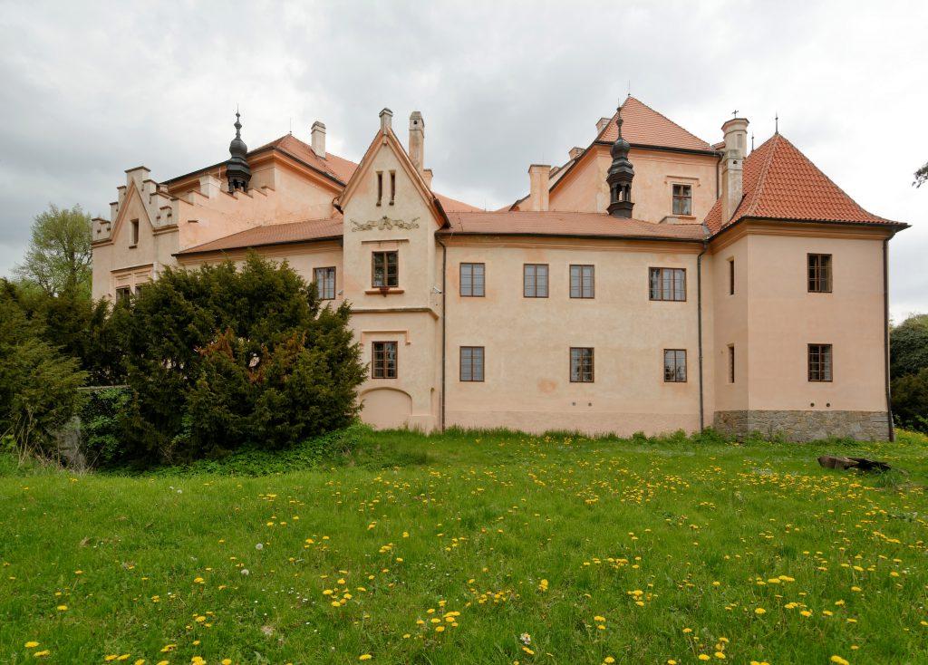 טירת Vrchotovy Janovice