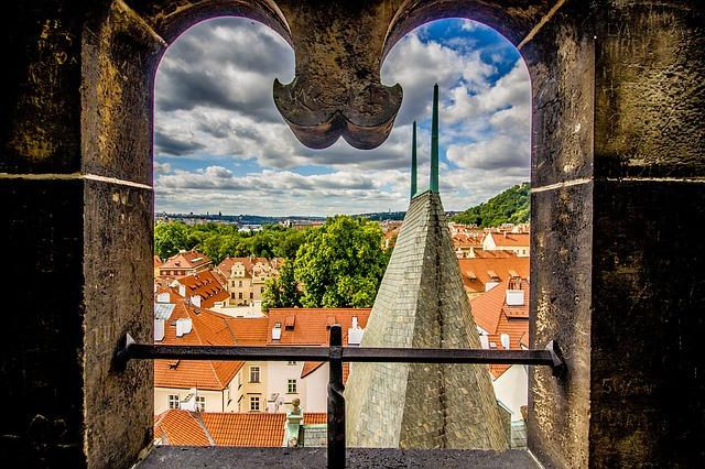 חלון במצודת פראג