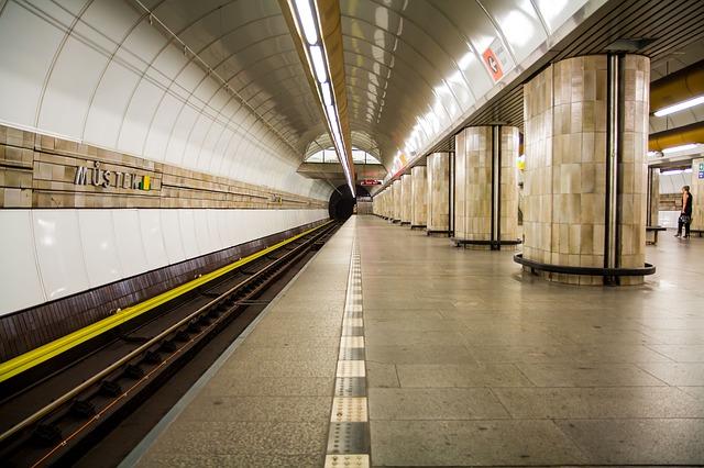 תחנת מטרו בפראג
