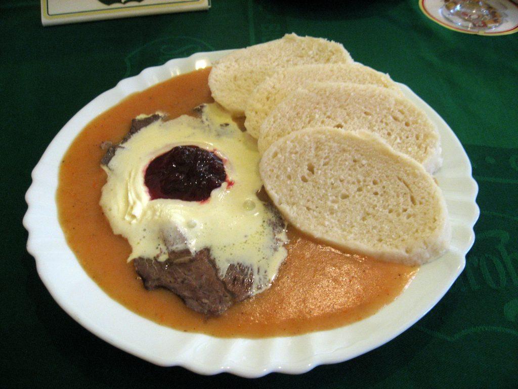 Svíčková -מנה צ'כית מסורתית שאתם חייבים לנסות